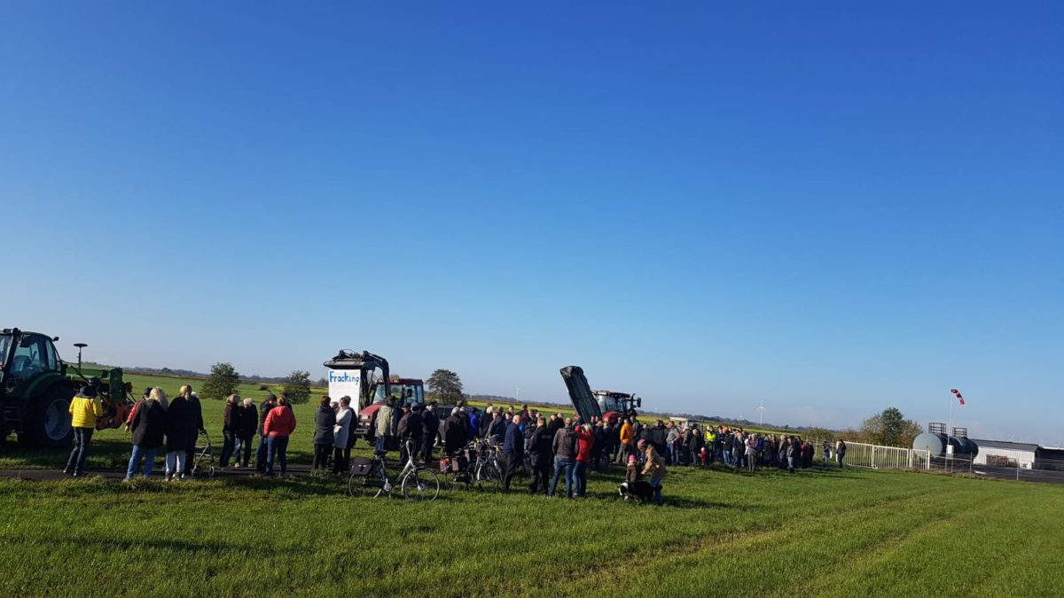 200 Demonstranten gegen Gasbohrung in Engerhafe